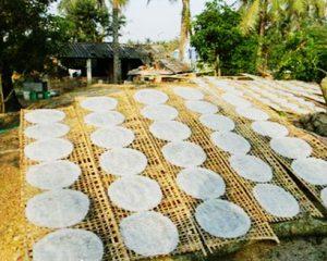 Bánh tráng mè Tây Ninh